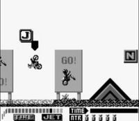 une photo d'écran de Motocross Maniacs sur Nintendo Game Boy